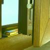 Регулировка прижима окна и особенности фурнитуры, которая за нее отвечает